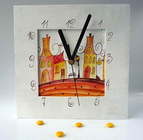 hodiny s velkou kukačkou - bílé s Horní Dolní