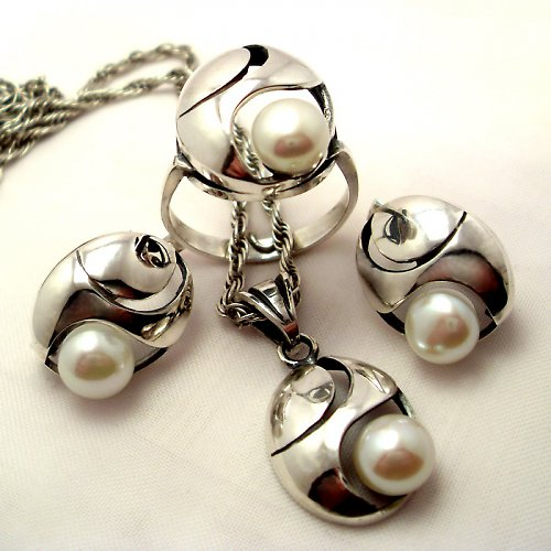 Souprava «Břízový vítr» - bílá perla, stříbro