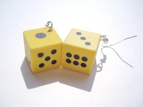 Je libo zahrát si kostky? (žluté, zelené, červené)