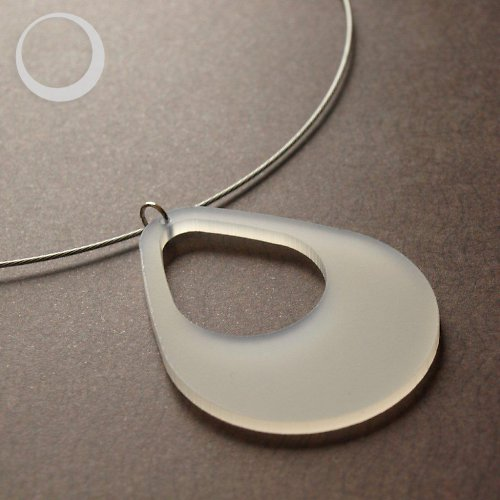 Ledová kapka - náhrdelník