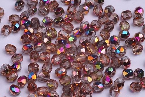 Korálky 4317 (4 mm)