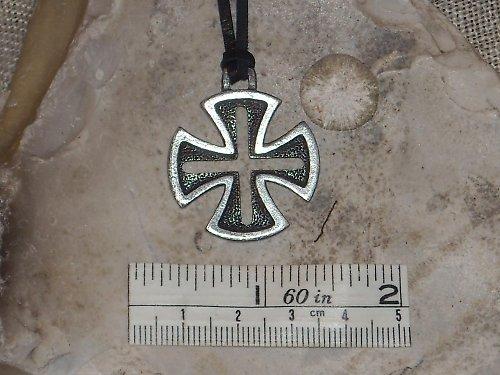 Přívěsek-Maltézský kříž