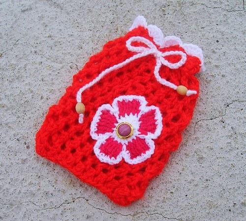 Dárkový pletený pytlíček