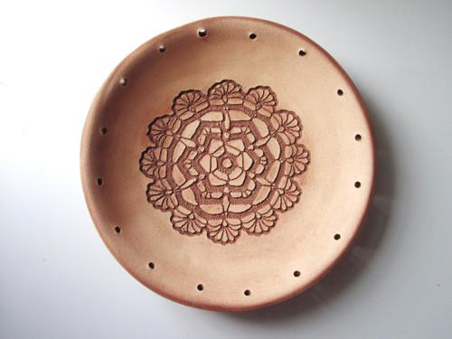keramická miska s krajkou k opletu - přírodní