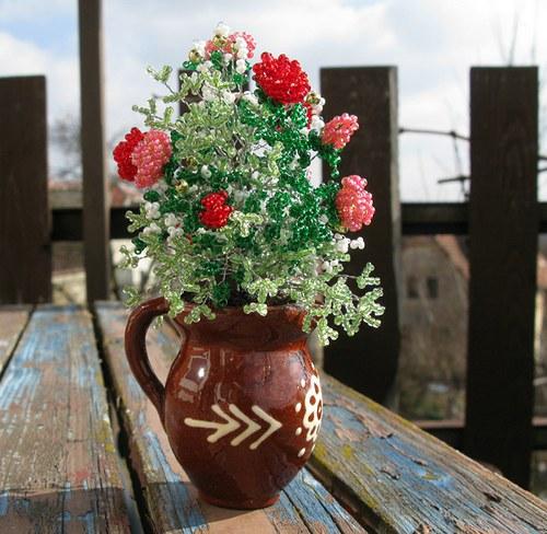 Růže ve džbánku
