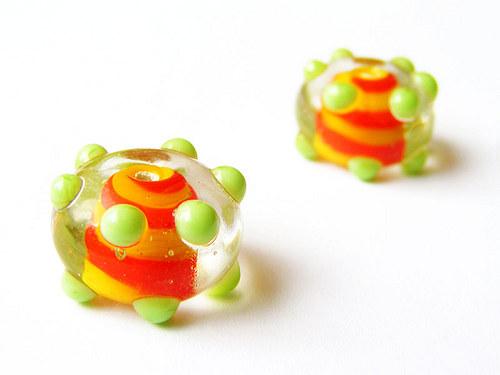 Krystalový donut se žlut.střed. a hrášk.teč.(V121)