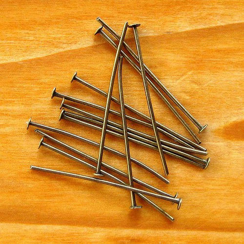 Hřebík  3cm - 50ks - Bronzový