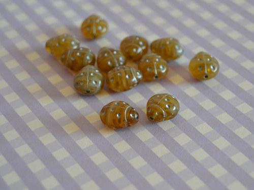Balíček korálků berušek - 15ks