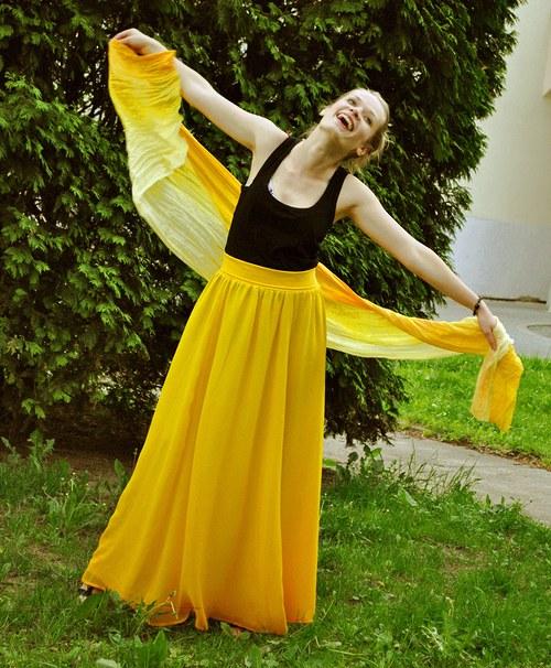 Když svítí slunce, prý neprší...:o) hedvábná sukně