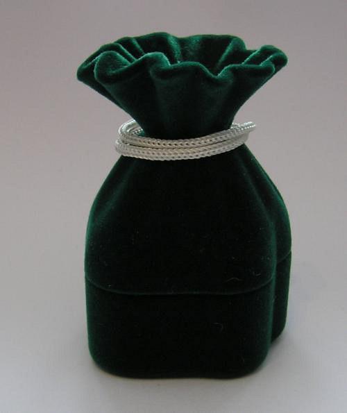 Sametová krabička na šperky - měšec zelený