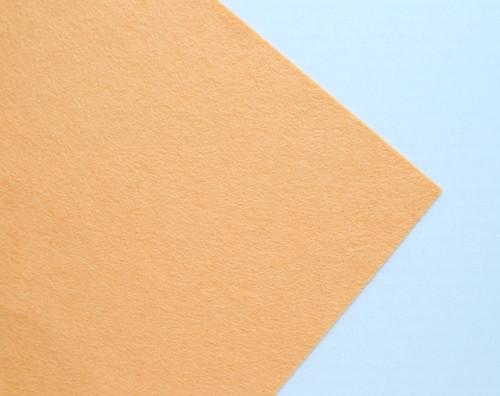 Plsť metráž meruňková (šířka 45 cm) (barva č.3)