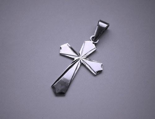 křížek  (klíčový- rytý)