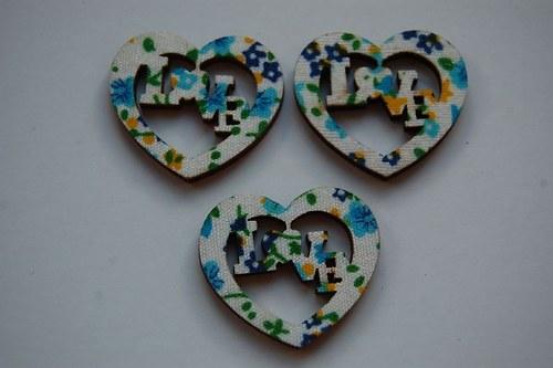 Výřez s látkou: Srdce LOVE