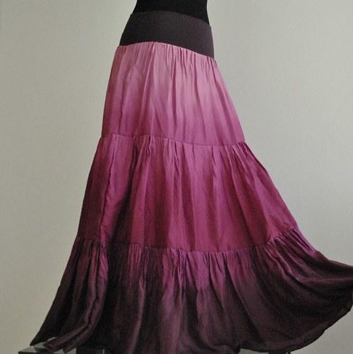 Vínová...bohatě řasená hedvábná sukně