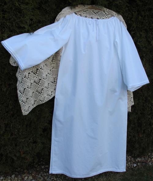 Dámská noční košilka bílá M-L s krajkou