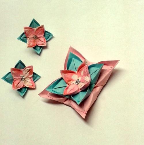 Tyrkysová pochoutka  - origami brož