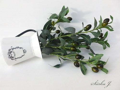 olivová větvička z venkovské Provence