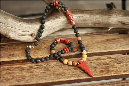Pánsky náhrdelník z minerálov matný onyx a červený