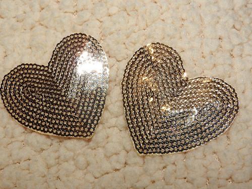 Nažehlovačka srdce s flitry zlatá