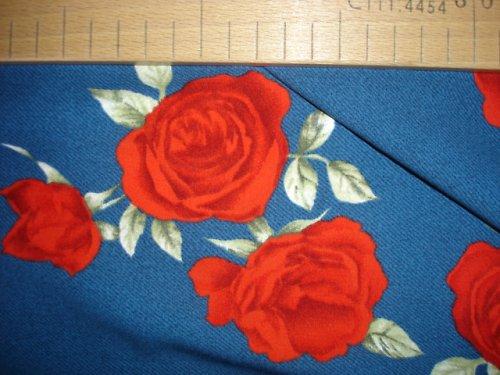letní  polyester 1,2m šíře 150cm