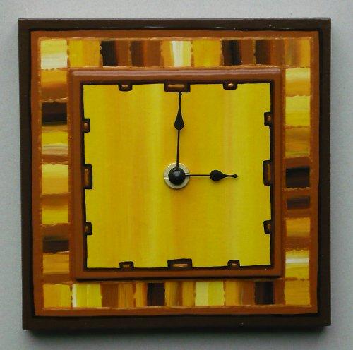 Dřevěné malované hodiny