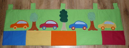 Barevný kapsářek - autíčka na cestách!