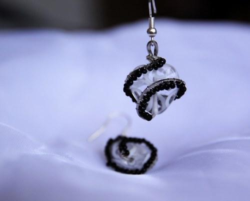 Srdeční záležitost -  bílo- černé náušnice
