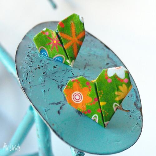 Puzety papírová origami SRDCE zelená louka