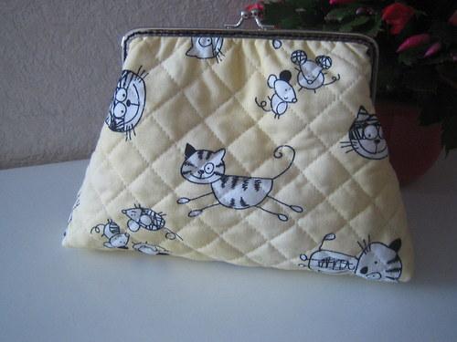 Kočky°° myšky°° puntíky :))