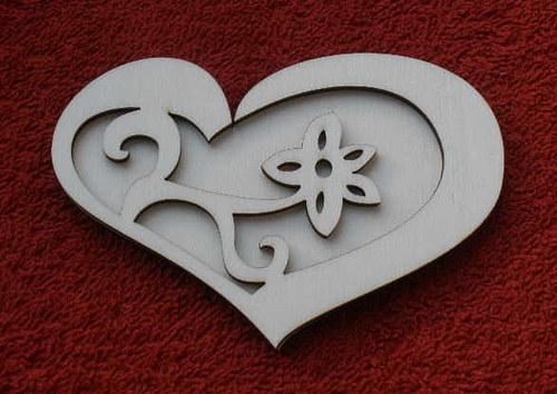 Razítko překližka květina v srdci - v.8x11cm