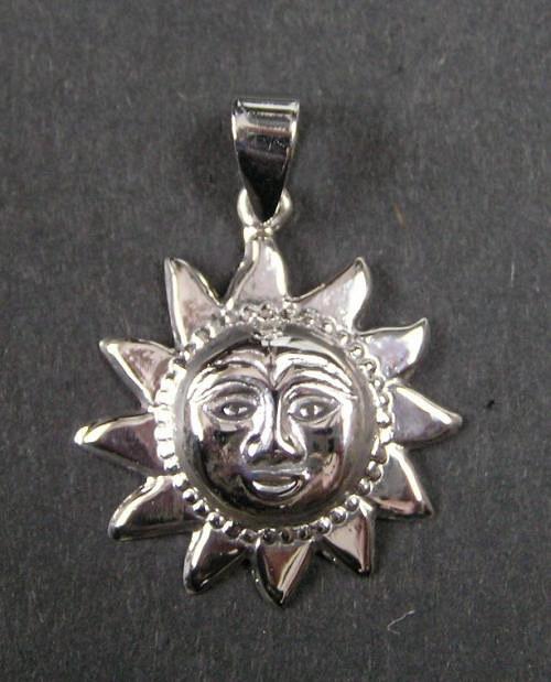 Slunce - stříbrný přívěsek