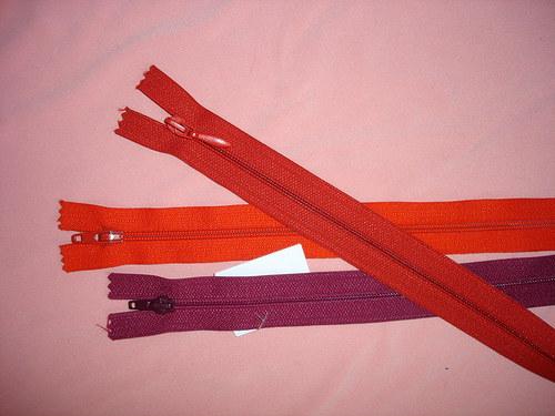 3 šatové zipy délka 50cm