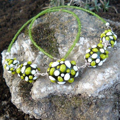 Náhrdelník - zelené mozaikové olivy