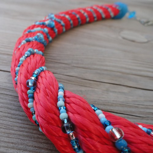 Rosso con turchese