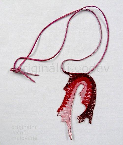 Paličkovaný náhrdelník - červené oblouky