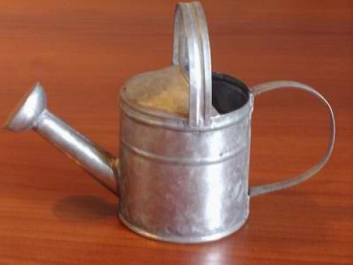 Kovová konvička vel. 14 cm