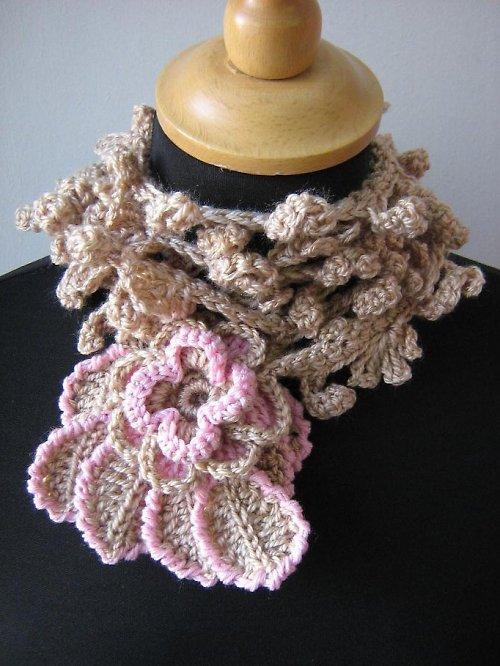 Béžovo - růžová šála