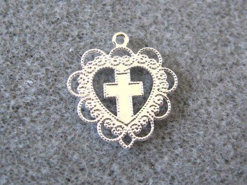 2002146/Srdíčko s křížkem, 1 ks