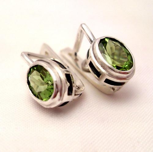 Náušnice «Odraz» - stříbro 925, přírodní olivín