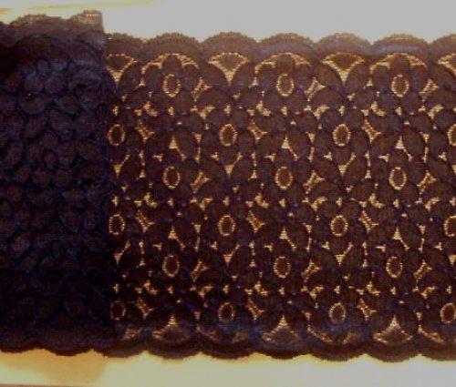 Černá široká krajka s drobnými květy 16cm