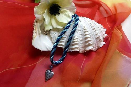 Kumihimo náhrdelník Srdce ve spirále