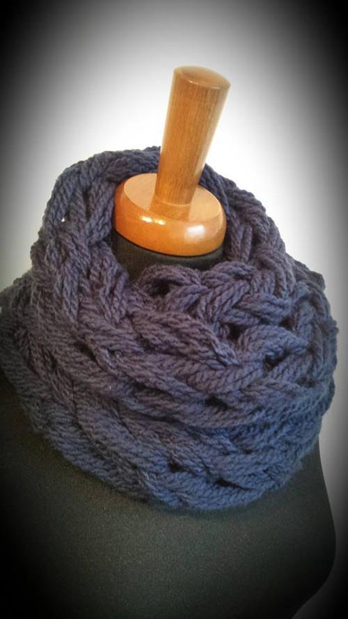 Pletená modrá