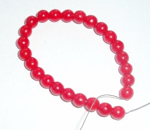 Korálky jasně červené-návlek 14 cm