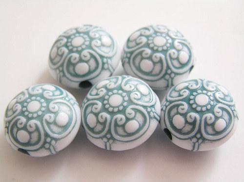 Kulaté čočky tyrkysová barva