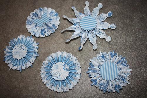 Rozety v modré 2