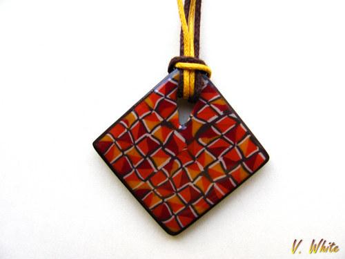 Trojúhelníky ve čtverci + náušnice