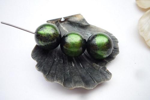 metalizové korálky 10  ks  12 mm -zelené