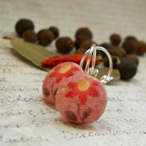 náušnice buttonky