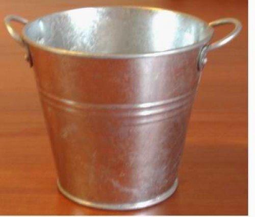 Kovový kyblík vel. 10 cm