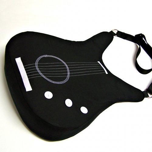 Kytara černá 3 - rozšířené dno 8cm